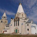 Размышления о формирования стилей храмовой архитектуры в России  (исторический анализ и современность)