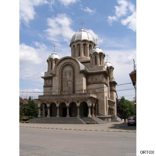 Румыния Biserica ortodoxa in Hunedoara