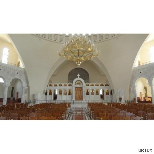 Албания. Тирана. Каф. собор